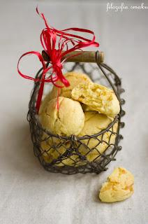 (Ciastka pomarańczowo-migdałowe z czekoladą