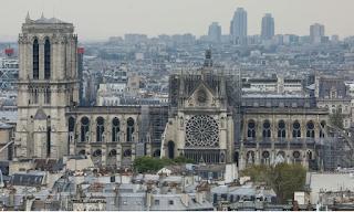 Παναγία των Παρισίων: Πάνω από 750 εκατ. ευρώ οι δωρεές για την ανοικοδόμηση