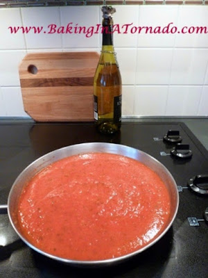 Homemade Marinara | www.BakingInATornado.com | #recipe