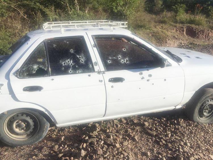 Sujetos armados emboscan y ejecutan a cinco personas en Oaxaca
