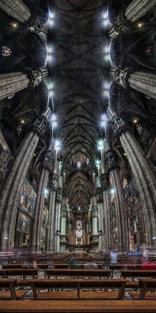 05-Andrea-Facco-Photographs-of-Vertical-Architectural-Panoramas-www-designstack-co