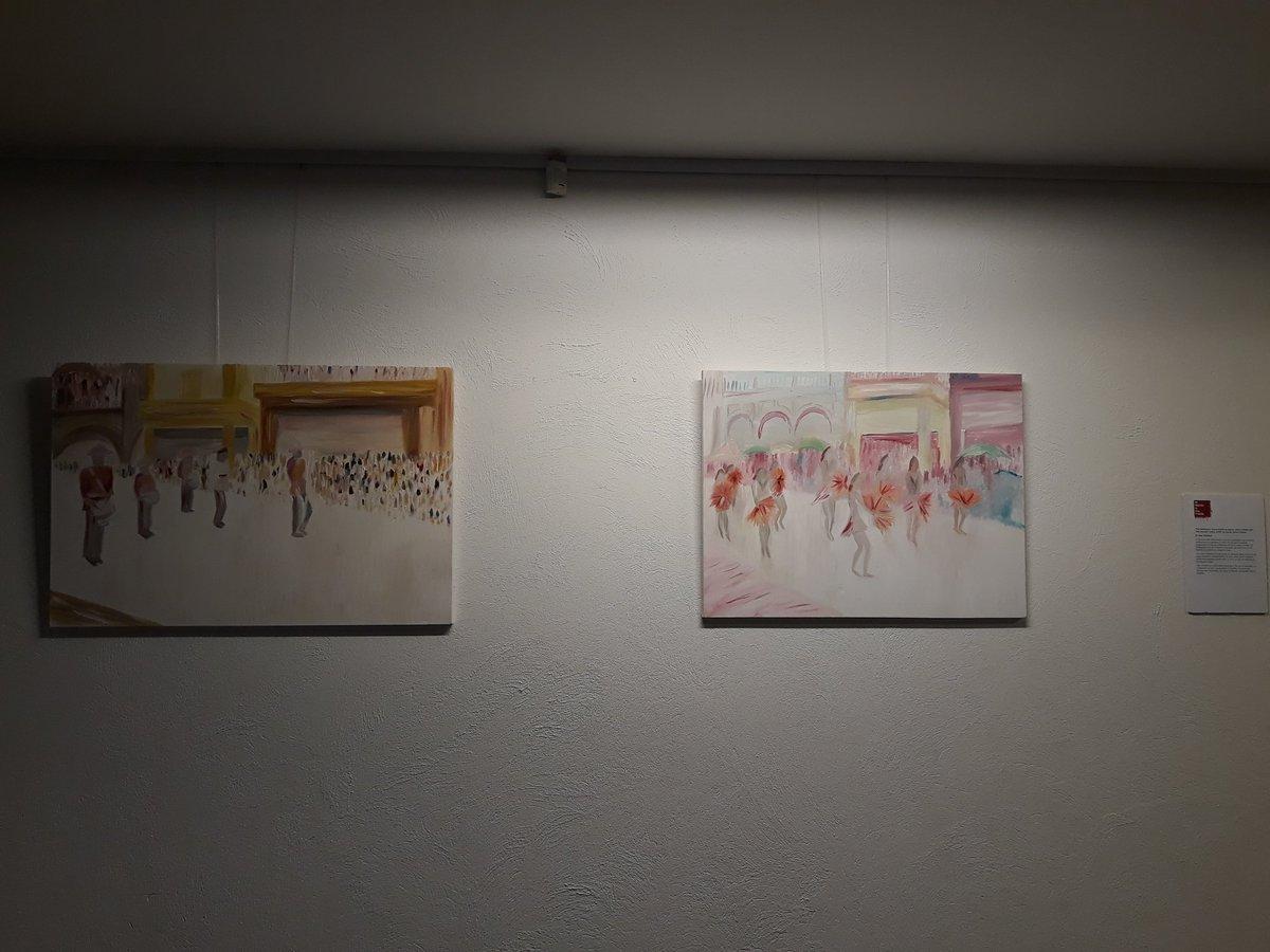 Between: Foyer Display: Inga Tolchard