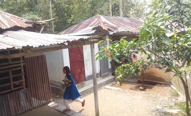 ভবন সংকটে গণকপাড়া স্কুল এন্ড কলেজে পাঠদান ব্যাহত