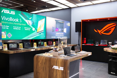 Experience Zone ASUS Exclusive Store