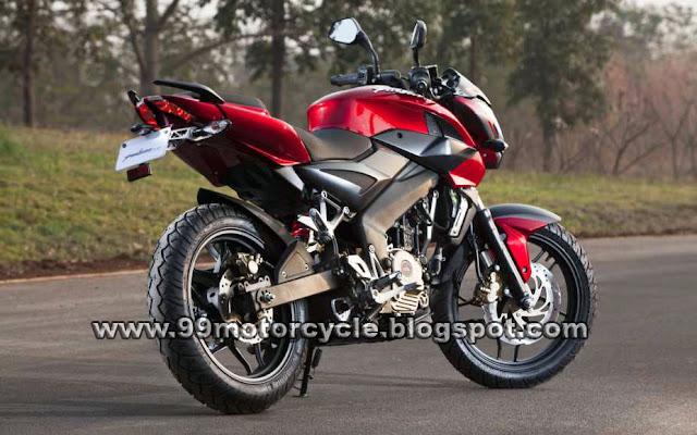 The Indian KTM Duke 200-2012 Bajaj Pulsar 200NS