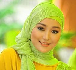 cara-berkerudung-jilbab-menggunakan-pashmina-modis-dan-modern