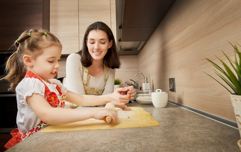 5 Tips for Keeping Your Kids Safe in the Kitchen (#3 is the Best for Cleaning)