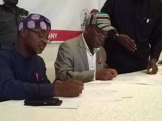 GOV ORTOM, OTHER GOVERNORSHIP CANDIDATES SIGN PEACE PACT