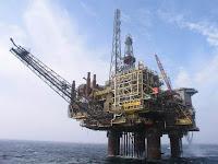 Offshore Platform (Credit: canadian-wellsite.com) Click to Enlarge.