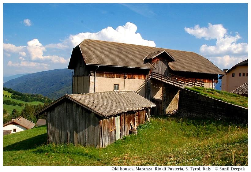 An old farm house, Maranza (Rio di Pusteria, Alto Adige, Italy) - Images by Sunil Deepak