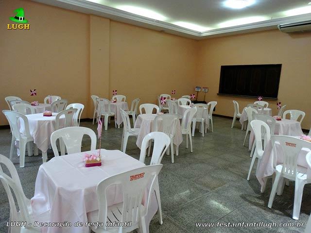Toalhas para as mesas dos convidados