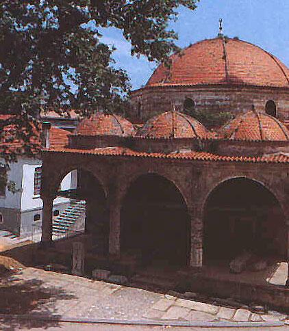 Έδεσσα: Εργασίες αποκατάστασης στο Χουνκιάρ τζαμί