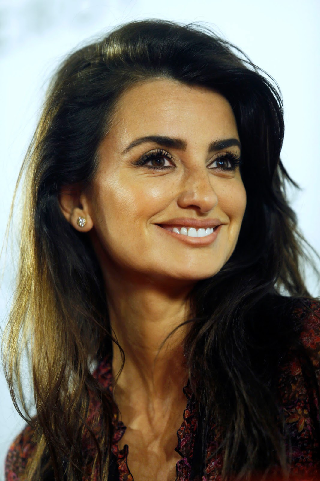 Zoolander No 2 actress Hot & Sexy Penelope Cruz at Soy Uno Entre Cien Mil Photocall at Academia De Cine in Madrid