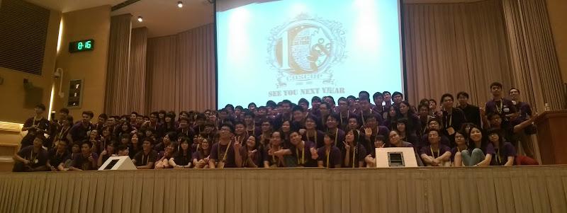 感謝 200 多位志願者的貢獻與付出,讓 2015 年的 COSCUP 如此成功,佟輝提供