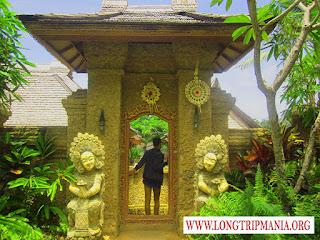 Mengenal Rumah Adat Bali di Taman Nusa Gianyar