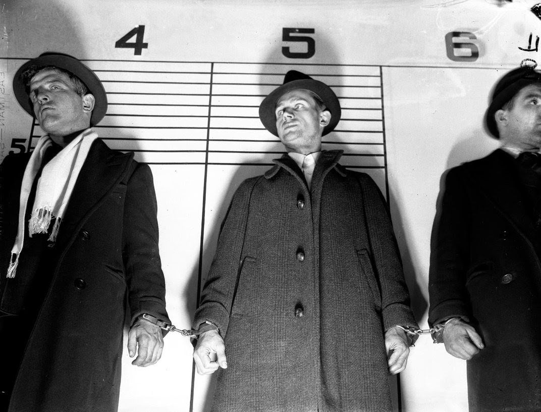 Unseen Vintage Chicago Crime Photos From Between The 1900s