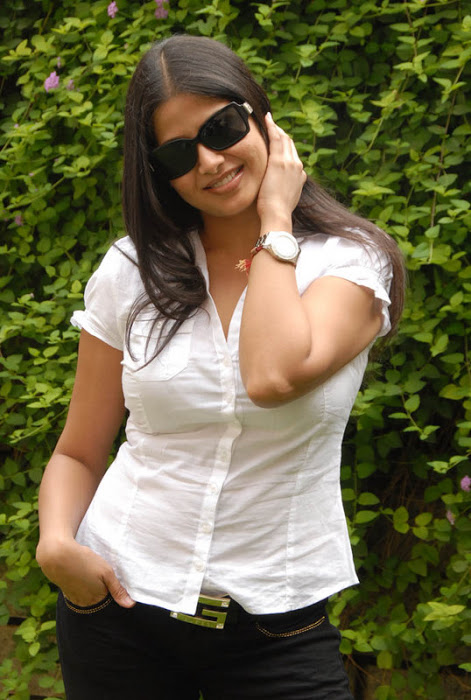 Actress Sangeetha Stills In White Shirt