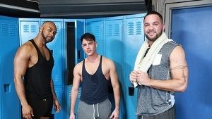 Rego Bello, Julian Knowles, Ray Diesel – Did You See That Ass