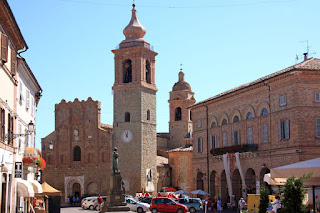 The square in the centre of San Ginesio in the Marche region, where Gentili was born