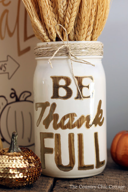 11 Thanksgiving Table Decor Ideas featuring Thanksgiving Mason Jar Craft by Country Chic Cottage