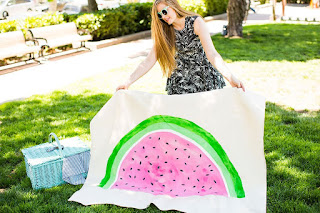 DIY watermelon blanket