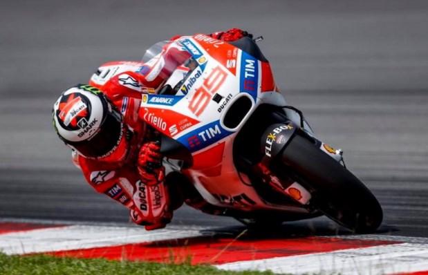 Lorenzo Dengan Ducati Desmosedici Saat Race