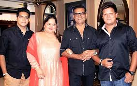 Abhijeet Family Wife Son Daughter Father Mother Age Height Biography Profile Wedding Photos