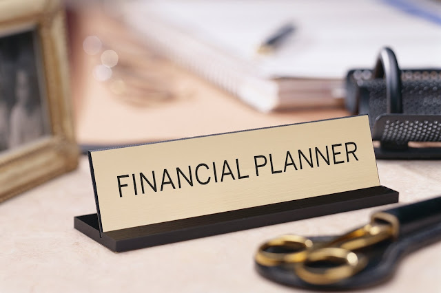 The Essential Guide To Certified Financial Planner Career And Jobs