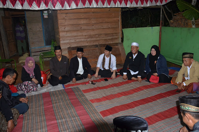 Menginap di Rumah Warga, Plt Bupati Nur Arifin Nikmati Suasana Ramadhan Bersama Warga Desa