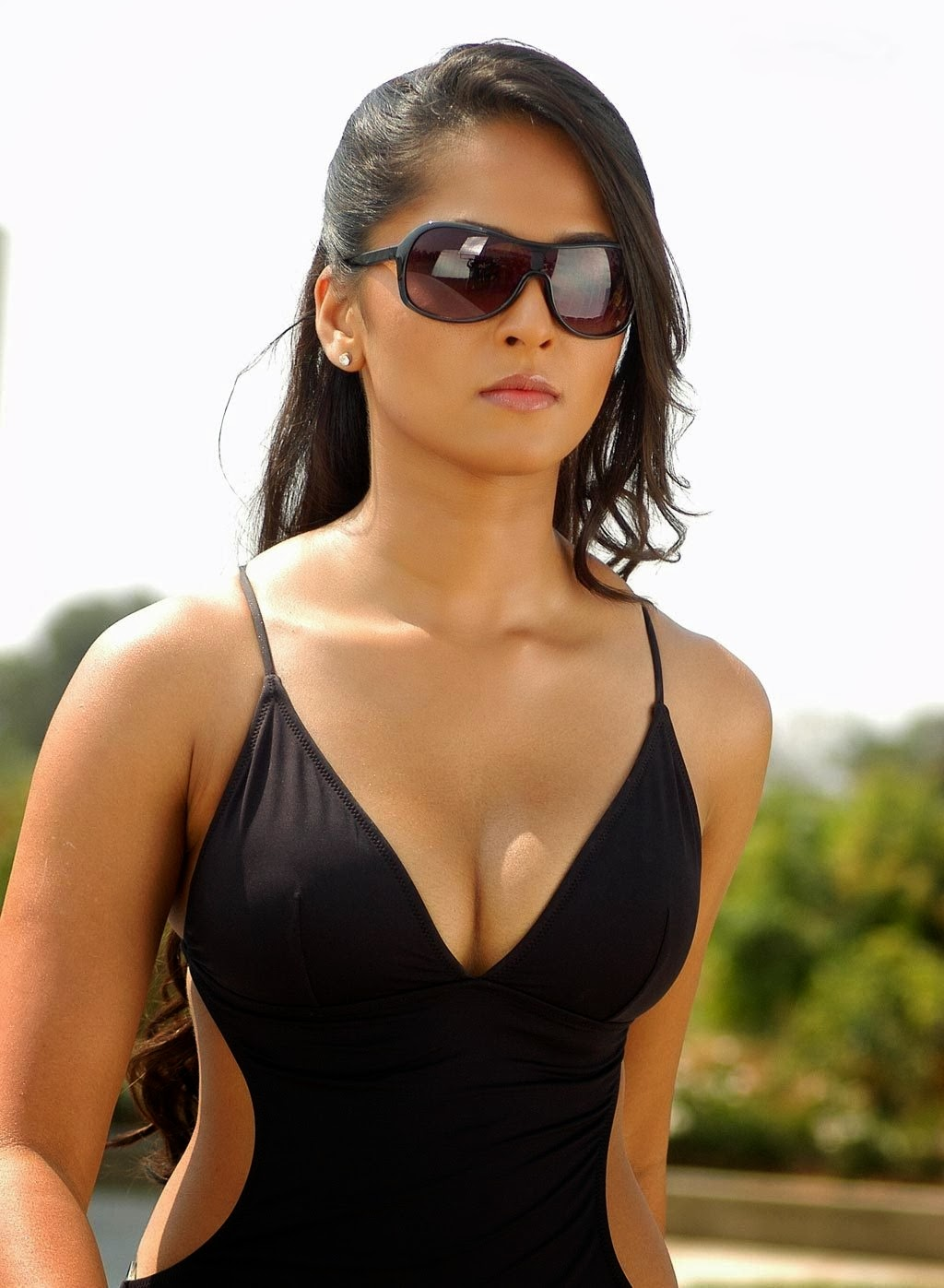Anushka Shetty in Sleeveless Deep Neck Top