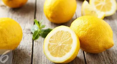 Gambar Lemon Bahan Alami Menghilangkan Bekas di Wajah