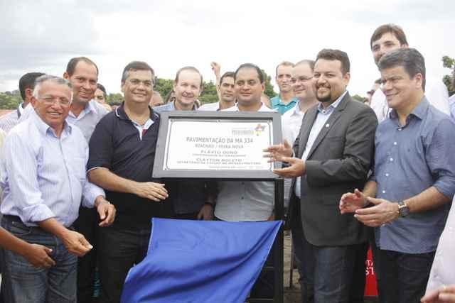 Flávio Dino realizou a entrega MA-334, que interliga Riachão a Feira Nova