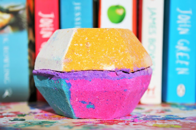 Lush's The Experimenter Bath Bomb - A Little Disappointing...