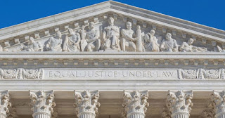 Photo of the front of the U.S. Supreme Court building