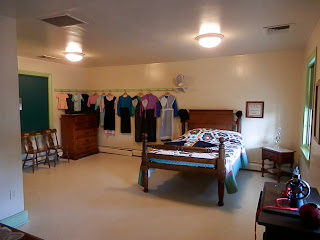 girl's room at Amish Farm and House in Lancaster, PA