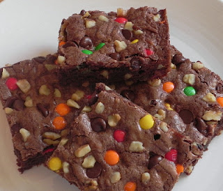 Como preparar Brownies con nueces, pasas o chips de chocolate