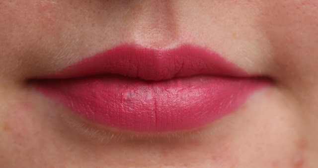 Photograph of the Avon Perfectly Matte Lipstick in Adoring Love