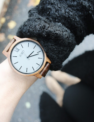 http://www.woodwatches.com/#corporateglitter