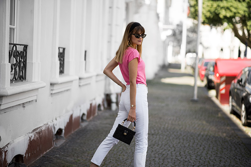 blog-mode-francais-french-style-vintage-bandeau-hair-french-look-hermes-lookalike-sandals-tendance-straw-bag-panier-osier-zara