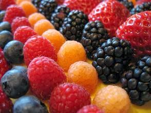 Reţete culinare - Ştrudel cu fructe de pădure