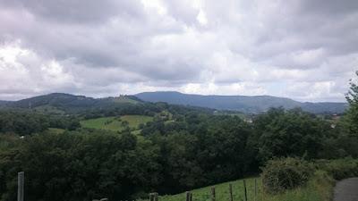 Fantastiskt landskap i Baskien. Foto taget under löptur.