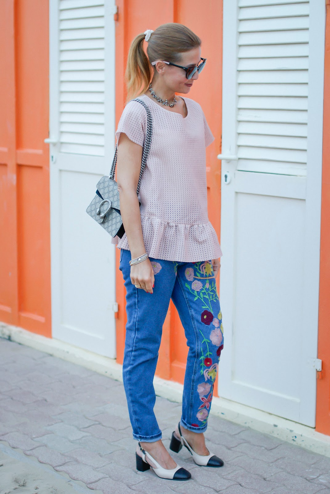 Embroidered jeans on Fashion and Cookies fashion blog, fashion blogger style
