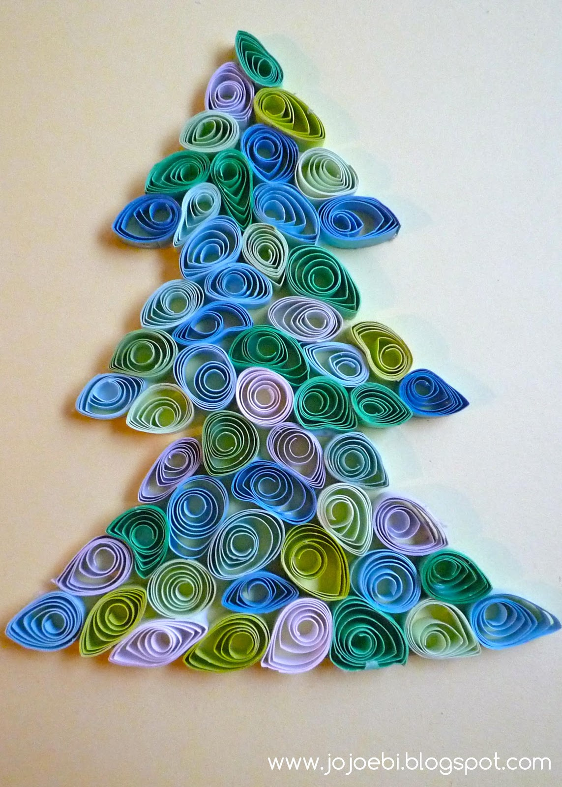 jojoebi designs: Quilling - a cheap and easy project