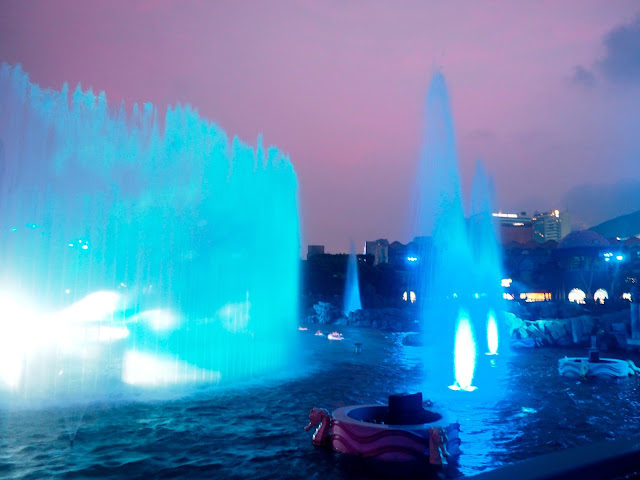 Fountains during the Symbio show at Ocean Park