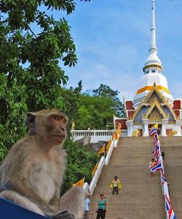Tempel Stufen Khao Takiab Hua Hin