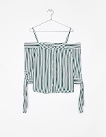 https://www.bershka.com/fr/femme/v%C3%AAtements/chemises/chemise-%C3%A0-rayures-%C3%A9paules-tombantes-c1010193221p101167519.html?colorId=594