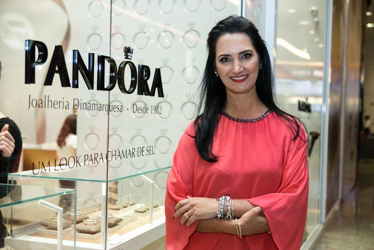 b69acafd6 PANDORA comemora um ano em Balneário Camboriú e apresenta nova ...