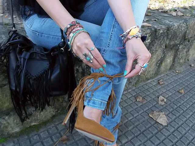 fashion, moda, look, outfit, blog, blogger, walking, penny, lane, streetstyle, style, estilo, trendy, rock, boho, chic, cool, casual, ropa, cloth, garment, inspiration, fashionblogger, art, photo, photograph, Avilés, asturias, zara, stradivarius, bershka, jeans, tulle, tul, rings, bracelets, accessories, anillo, pulsera, accesorio