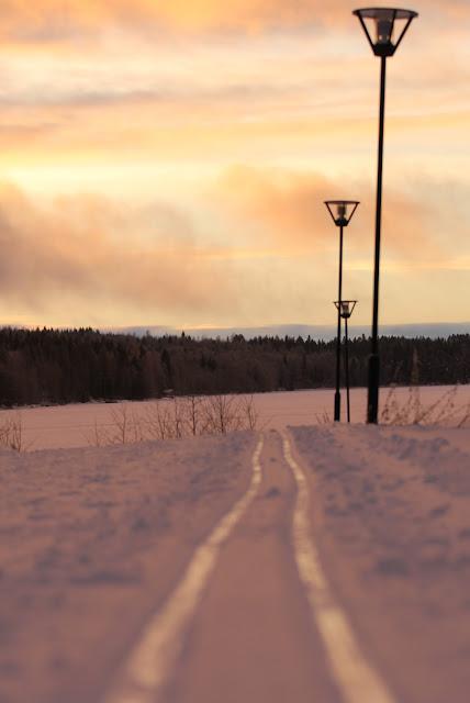 Vuokatti Nuasjärvi talvella aurinkolatu