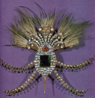 La joyería del Imperio Otomano Topkapi_palaceDecoraci%25C3%25B3n+para+un+turbante.+Diamantes%252C+esmeraldas%252C+rub%25C3%25ADes+y+perlas